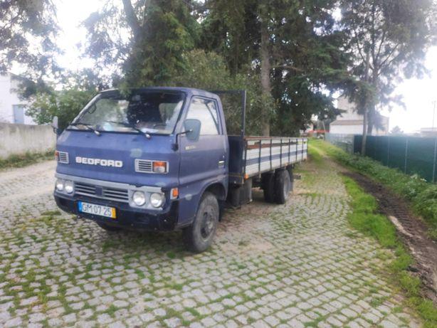 Vendo Carrinha Bedford 1981 com 90 000km