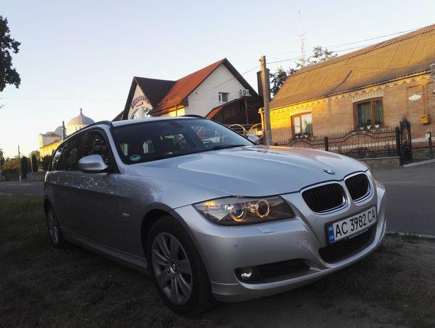 Продам BMW 320D