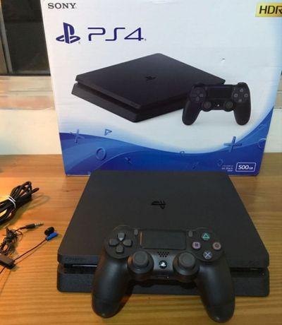 PlayStation4 Slim - PS4 | 500GB | Comando | 3 Meses de uso