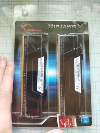 G.Skill 16 GB B-Die DDR4 3200 MHz Ripjaws V (F4-3200C14D-16GVK)