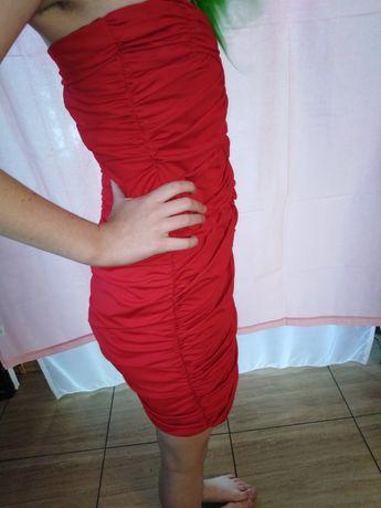 Mala czerwona mini
