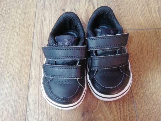 Buty dziecięce Puma rozmiar 19 czarne