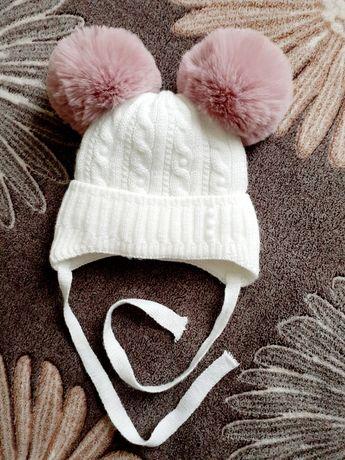Зимняя шапка на малышку