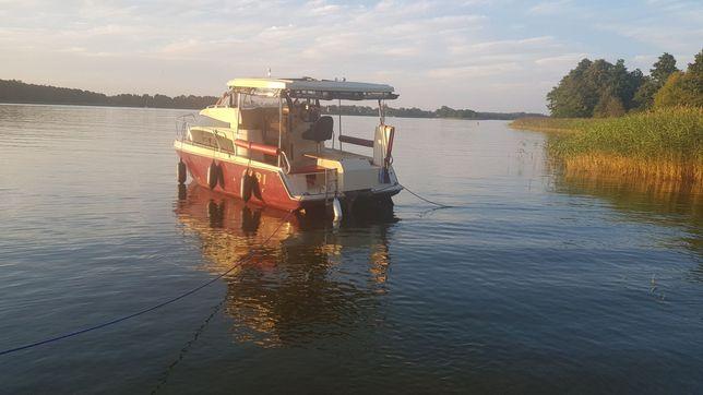 Bez patentu, czarter jachtu Calipso 23 w cenie 350,00-450,00 dzień.