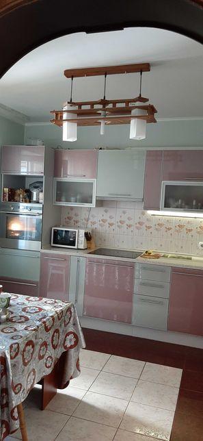 Продам уютную 4-х комнатную квартиру в Турецком городке.