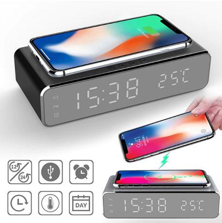 Espertador com carregador de telemóvel