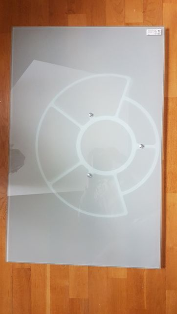 Szklana podstawa pod telewizor Ikea Observator
