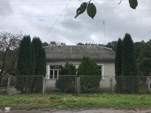 Володимир-Волинський, продам будинок з земельною ділянкою 900 кв.м.