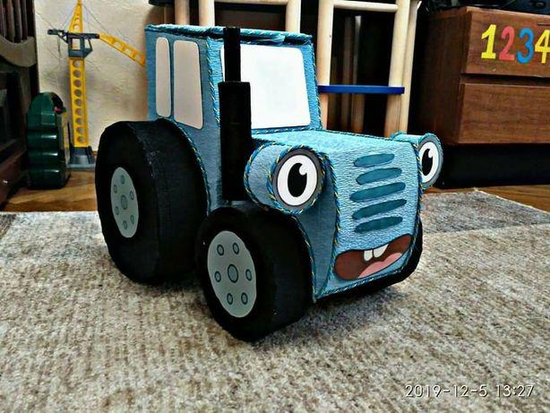 Великий синій трактор.