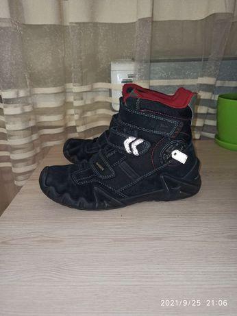 Ботинки Primigi р.40