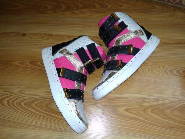 Обувь женская SuperTrash
