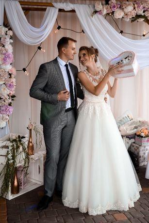 Продам НЕ ВІНЧАНУ весільну сукню