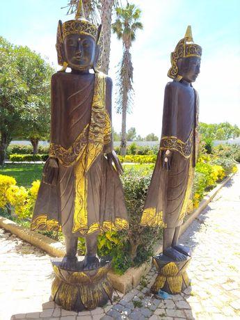Deusa com cerca de 1,70 de altura em Madeira