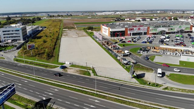 Plac magazyn parking komis działka skład grunt centrum Janki/Warszawa