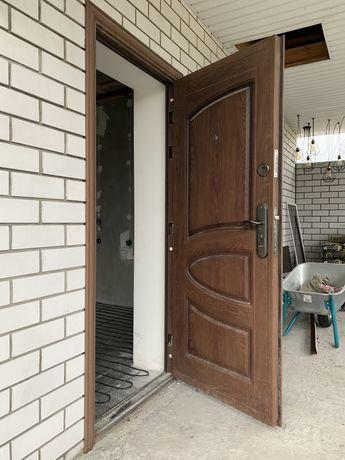Продам двери бу