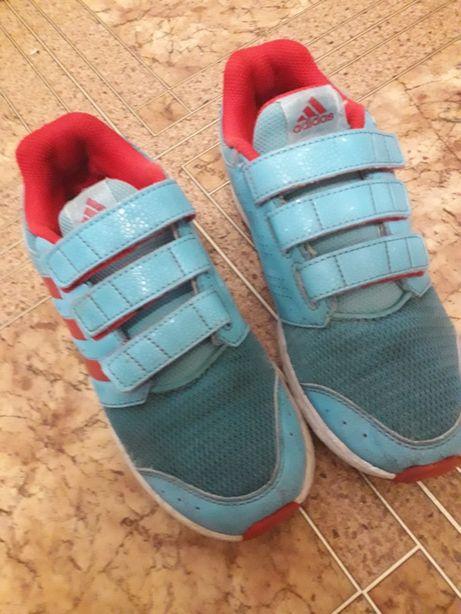 Кроссовки Adidas 21см