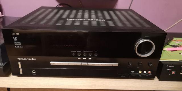 Amplituner Harman Kardon AVR 135 stan idealny.
