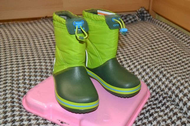 Сапоги crocband lodgepoint boot lime/foreste