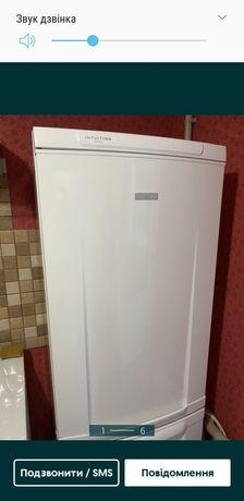 Холодильник elektrolux.
