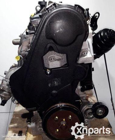 Motor VOLVO S60 II (134) D3 | 04.10 - 12.14 Usado REF. D5204T2