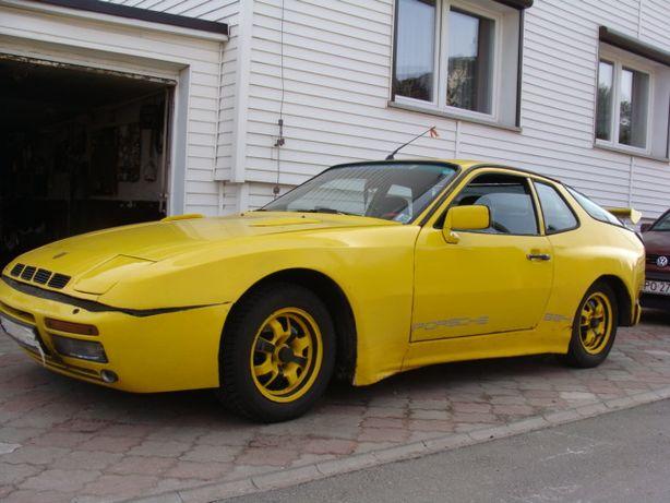 Porsche 924/944 do remontu