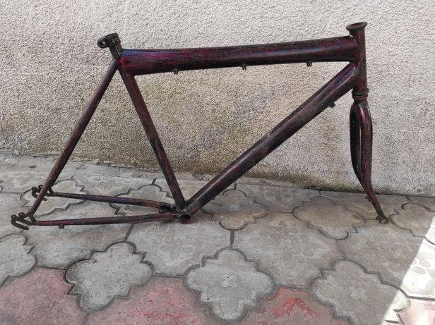 Фреймсет 165-180см підійде зібрати дорожнік велосипед