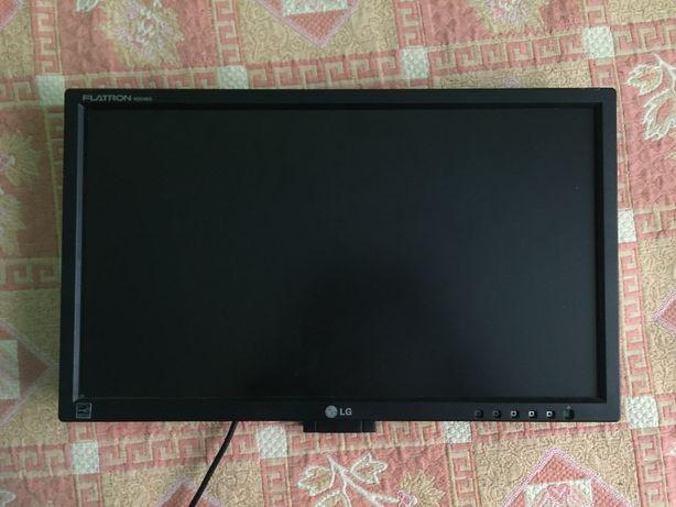 Монитор LG Flatron W2046S (20'' дюймов) 1600x900