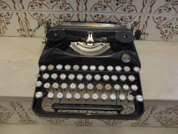 Maquina de escrever antiga 1939