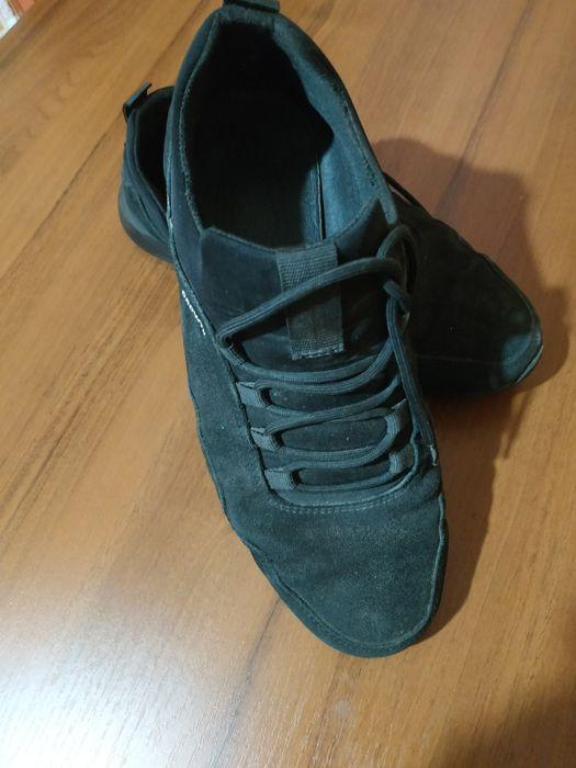 продам кроссовки Лубны - изображение 1