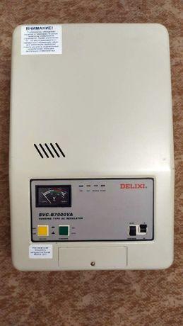 Стабилизатор напряжения однофазный Delixi SVC-B7000VA