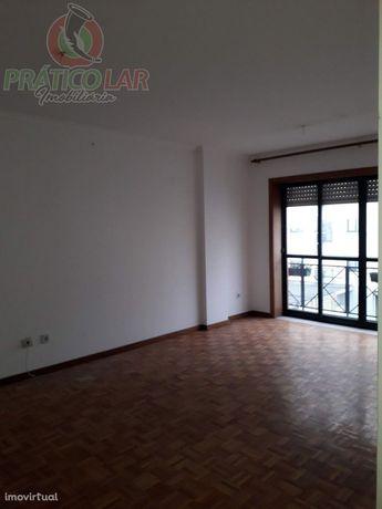 Apartamento T3 em Eixo, Aveiro