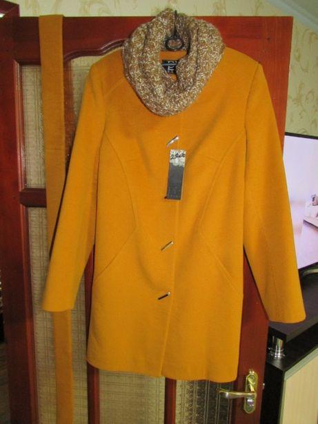 Продам новое кашемировое пальто