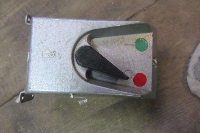 Wyłącznik 380 V, 1,6 A