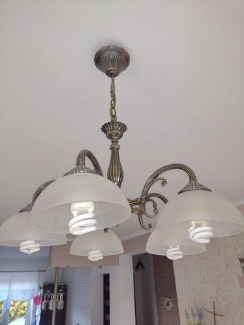 Żyrandol lampa wisząca sufitowa białe szkło mosiądz jak nowa
