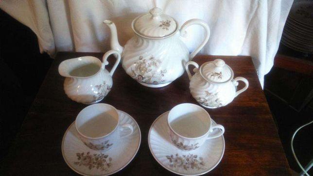 Serviço de chá Vista Alegre 1947/68 (10 pessoas)
