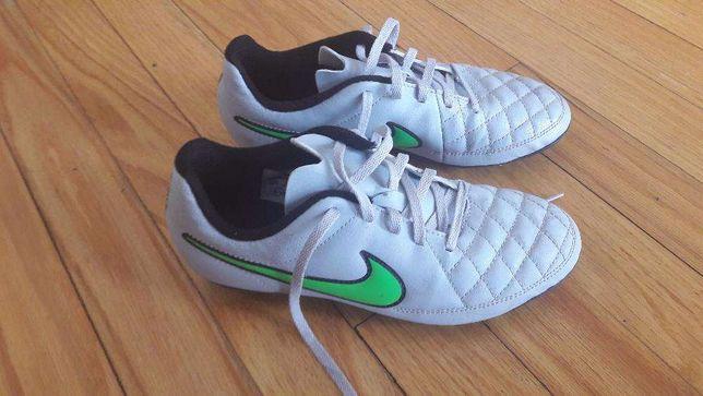 Sapatilhas futebol Nike criança