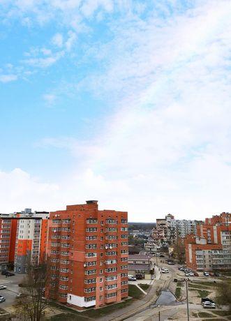 Продажа 2 к. квартиры в Новострое на Интере