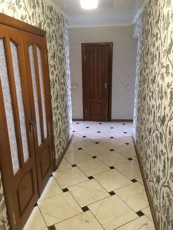 Двухкомнатная квартира в центре с ремонтом