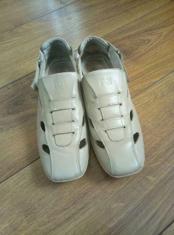 светлые туфли босоножки для мальчика 37 размер