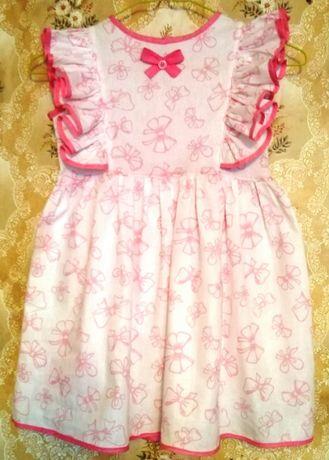 Продам ситцевое нарядное платье на девочку 5-6 лет