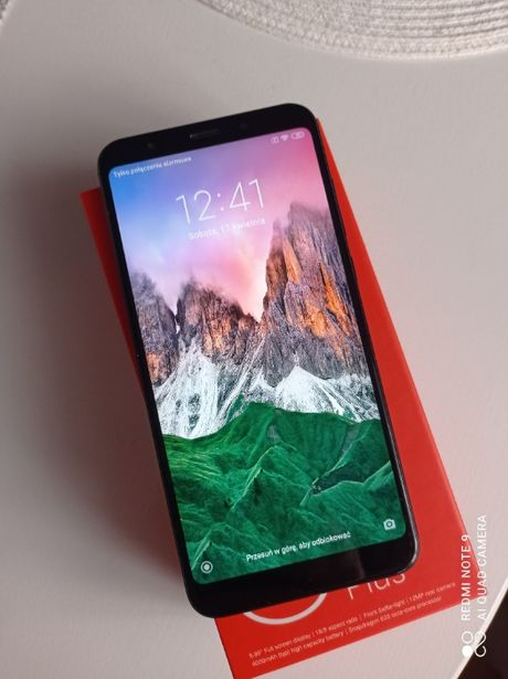 Sprzedam smartfon Xiaomi Redmi 5 plus czarny