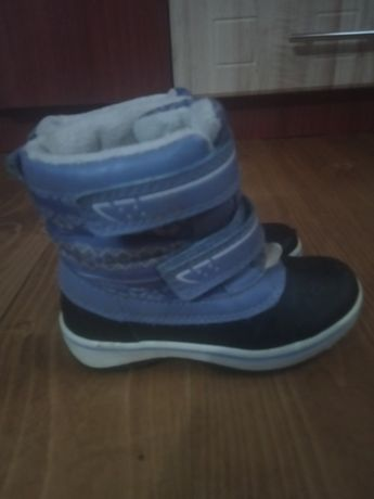 Продам дитяче взуття