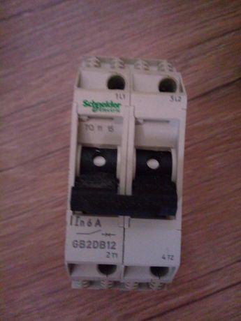 Wyłącznik silnikowy miniaturowy, 2p, 6A GB2DB12