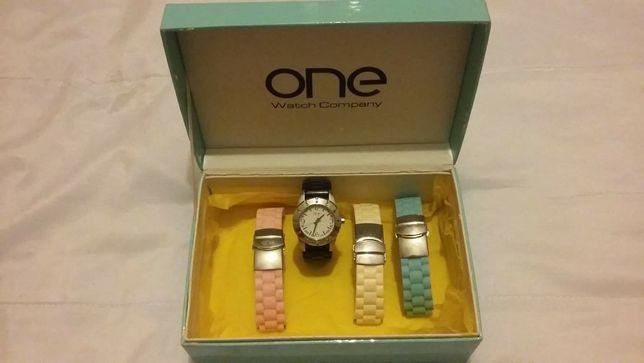 Relógio One c/ braceletes