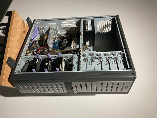 Komputer - AMD Athlon 4800+, GF 8600 GT, 4xHDD + 2xSSD, UBUNTU