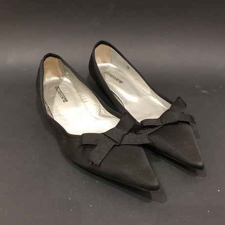 Sapatos rasos pretos Gloria Ortiz num 37