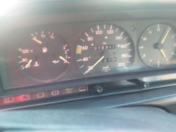 Vêndo Mercedes 190 2.5 troco por Mercedes vito por carrinha de lugares