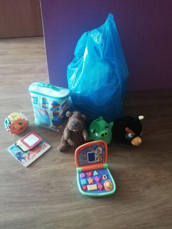 Ubrania i zabawki