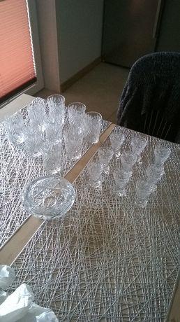 kryształy,kieliszki,szklanki, popielnica