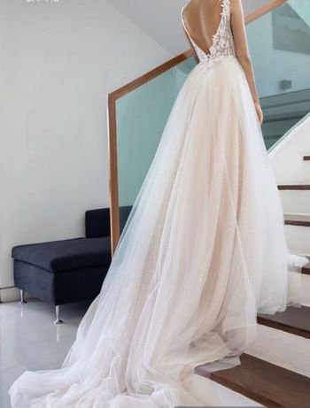 Suknia ślubna w rozmiarze 32/34 kolekcja 2019
